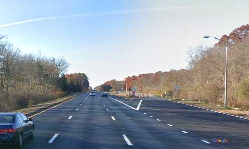 ma interstate 195 massachusetts i195 parking rest area mile marker 2 northbound off ramp exit