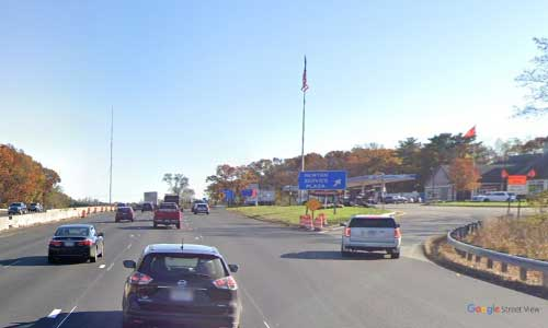 ma interstate 95 massachusetts i95 newton service plaza mile marker 22 southbound off ramp exit