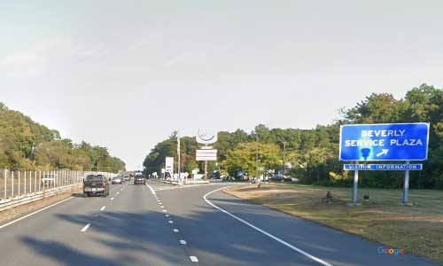 ma state route 128 massachusetts ma128 beverly service plaza rest area northbound off ramp exit